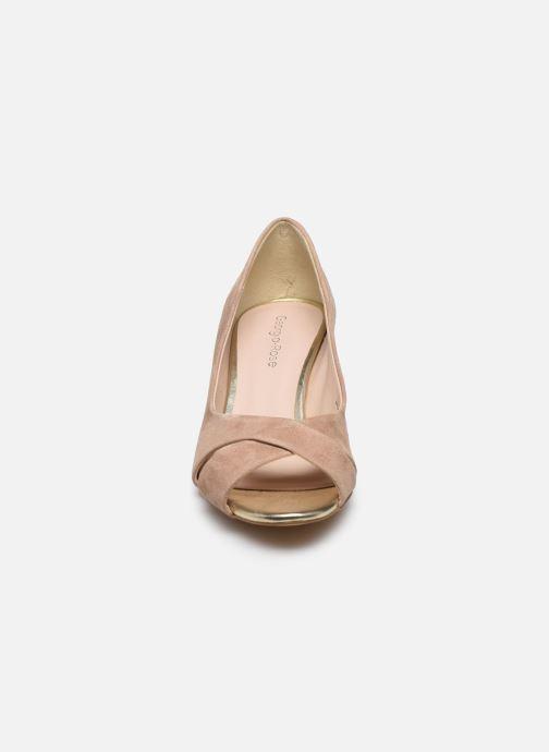 Zapatos de tacón Georgia Rose Lilouta Rosa vista del modelo