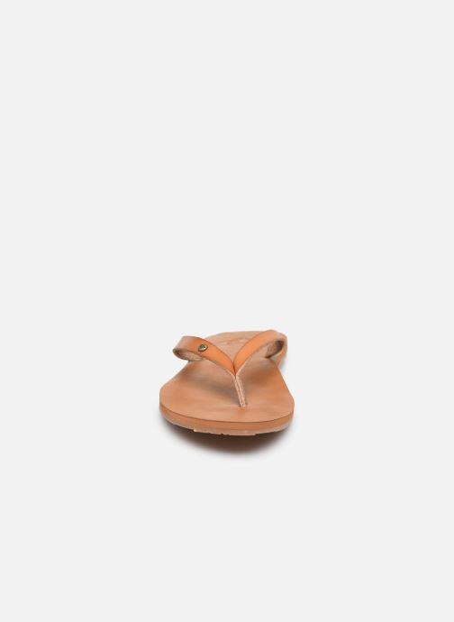 Tongs Roxy Jyll III Marron vue portées chaussures