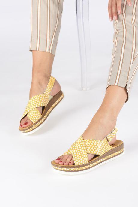 Sandales et nu-pieds Think! Zega 86387 Jaune vue bas / vue portée sac