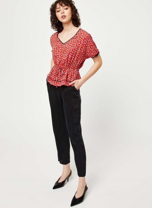 Vêtements I.Code Top QQ11174 Rouge vue bas / vue portée sac
