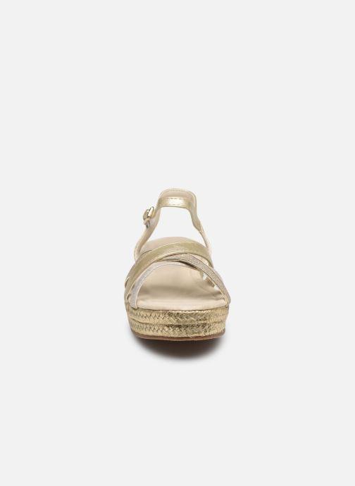 Scarpe di corda Fresas by Conguitos Glitter Argento modello indossato