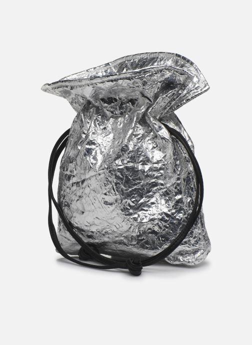 Bolsos de mano Arron Small Handbag Plateado vista del modelo