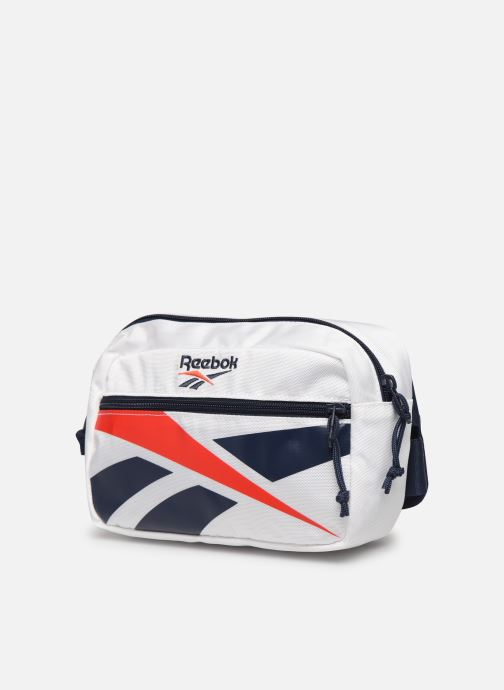 Pelletteria Reebok Cl Repeat Vector Waistbag Bianco modello indossato