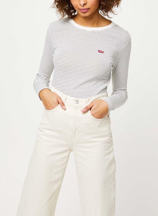 Vêtements Levi's Ls Baby Tee Blanc vue détail/paire