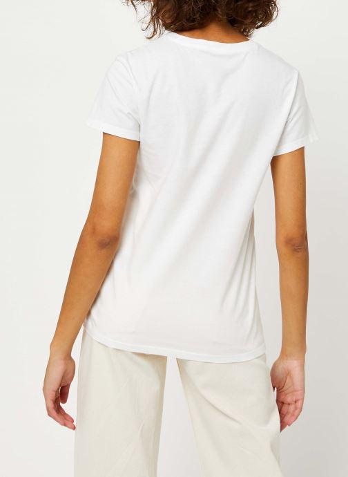 Vêtements Levi's The Perfect Tee Blanc vue portées chaussures