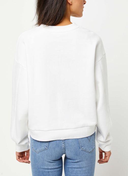 Vêtements Levi's Graphic Diana Crew Sweatshirt Blanc vue portées chaussures