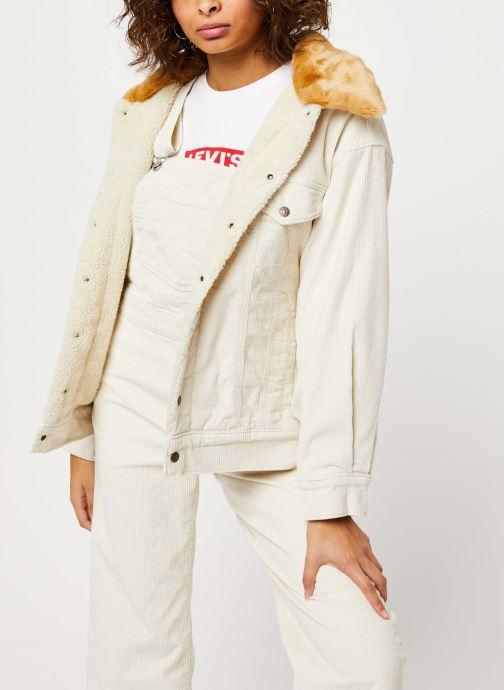 Vêtements Levi's Oversized Cord Fur Trucker Jacket Beige vue détail/paire