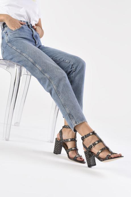 Sandales et nu-pieds Guess MAGALE2 Marron vue bas / vue portée sac