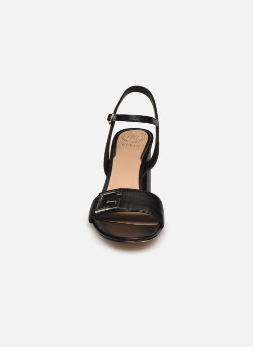 Sandales et nu-pieds Guess MACK Noir vue portées chaussures
