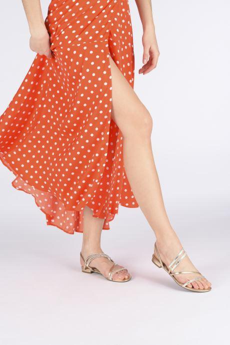 Sandales et nu-pieds Guess RAVENA Or et bronze vue bas / vue portée sac