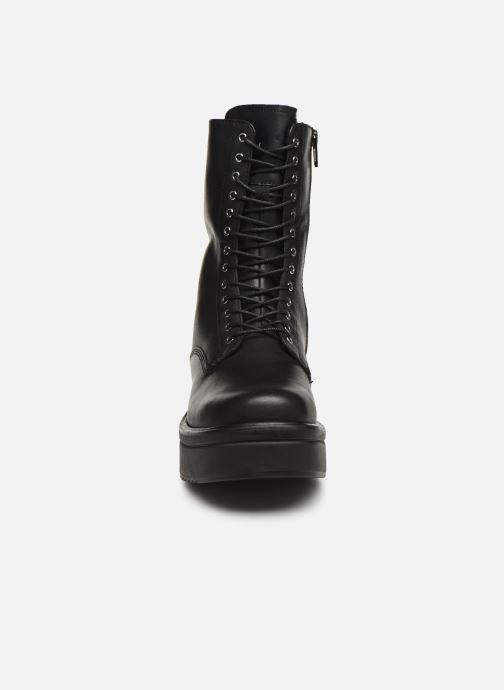 Stivaletti e tronchetti Vagabond Shoemakers TARA 4846 Nero modello indossato