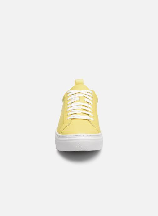 Baskets Vagabond Shoemakers ZOE PLATFORM Jaune vue portées chaussures