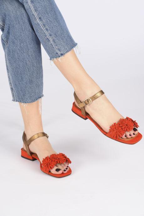 Sandales et nu-pieds Chie Mihara TALICO Orange vue bas / vue portée sac