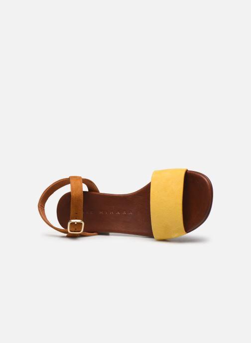 Sandalias Chie Mihara QUOMO Amarillo vista lateral izquierda