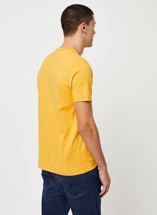 Vêtements Levi's THE ORIGINAL TEE Orange vue portées chaussures