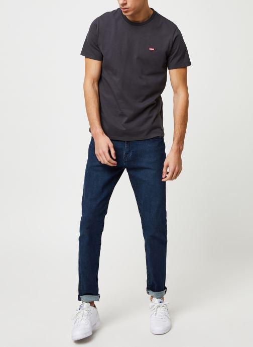 Vêtements Levi's THE ORIGINAL TEE Noir vue bas / vue portée sac