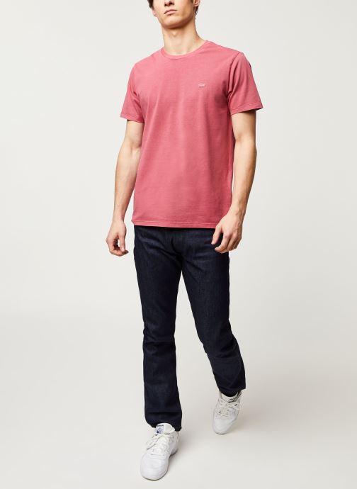 Vêtements Levi's THE ORIGINAL TEE Rouge vue bas / vue portée sac