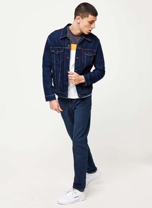 Vêtements Levi's 512™ SLIM TAPER FIT Bleu vue bas / vue portée sac