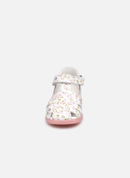 Sandales et nu-pieds Primigi PPB 54025 Blanc vue portées chaussures