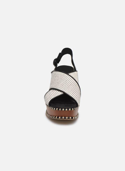 Sandali e scarpe aperte Tamaris JEDDY Bianco modello indossato