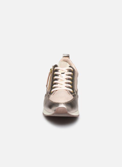 Baskets Tamaris IZLY Or et bronze vue portées chaussures
