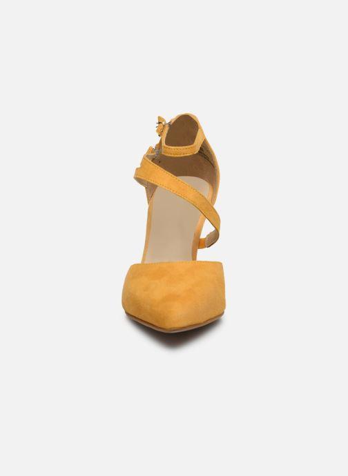 Escarpins Tamaris ZAMI Jaune vue portées chaussures
