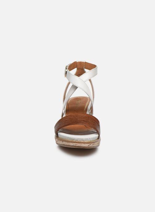 Sandales et nu-pieds Tamaris ELEA Marron vue portées chaussures