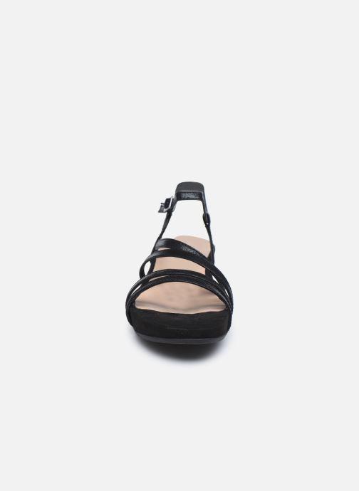 Sandales et nu-pieds Tamaris DELIAM Noir vue portées chaussures