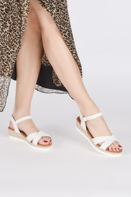 Sandales et nu-pieds Tamaris ALBAM Blanc vue bas / vue portée sac