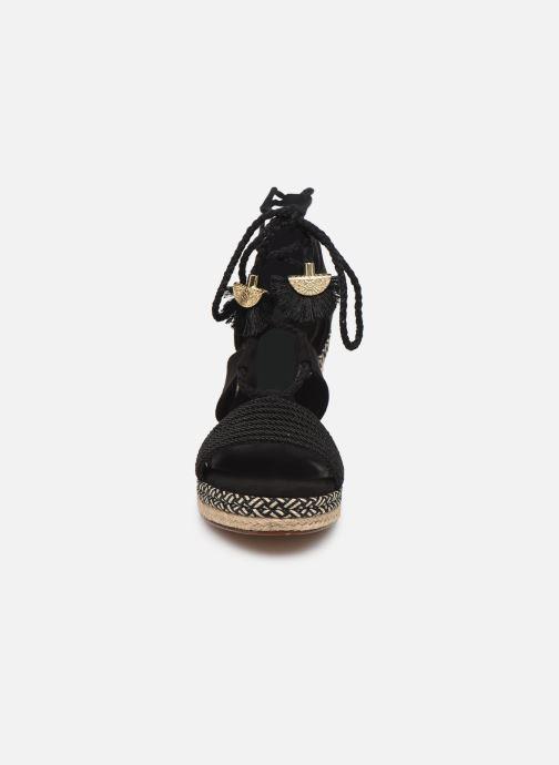 Sandali e scarpe aperte Tamaris ACACIE Nero modello indossato