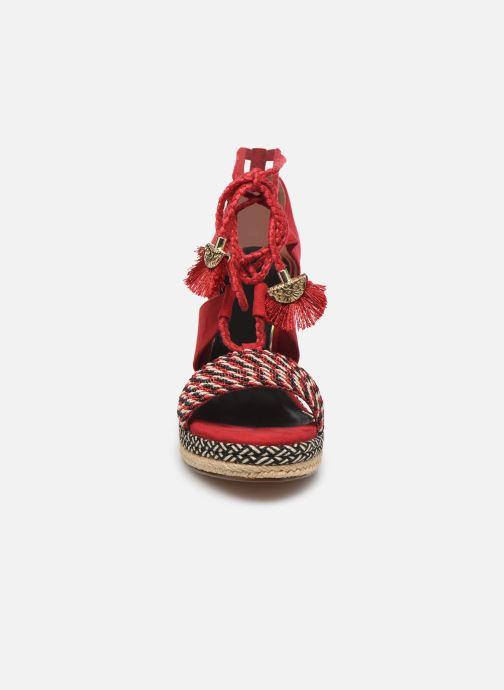 Sandales et nu-pieds Tamaris ACACIE Rouge vue portées chaussures