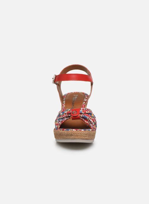 Sandales et nu-pieds Tamaris GIGI Rouge vue portées chaussures