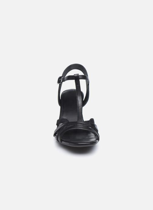 Sandali e scarpe aperte Tamaris TIARA Nero modello indossato