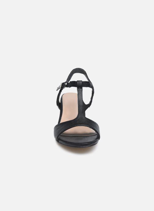 Sandali e scarpe aperte Tamaris TOPAZ Nero modello indossato