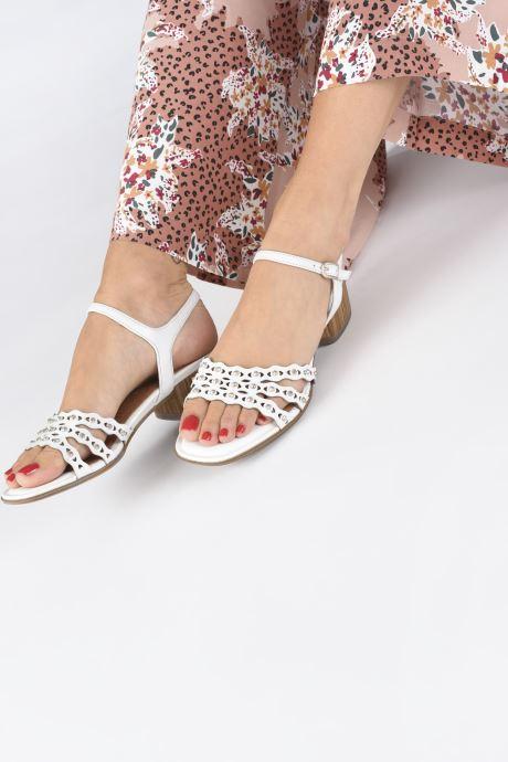 Sandales et nu-pieds Tamaris TYRA Blanc vue bas / vue portée sac
