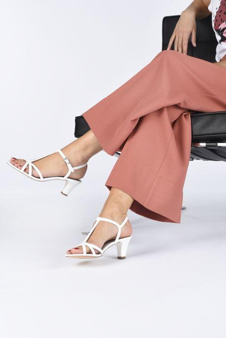 Sandales et nu-pieds Tamaris YURI Blanc vue bas / vue portée sac