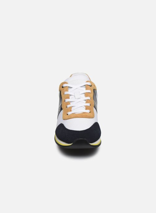 Sneakers BOSS J29H84 Bianco modello indossato