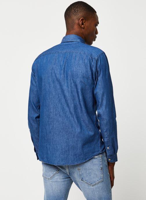 Vêtements Selected Homme Slhslimnolan Shirt LS Bleu vue portées chaussures