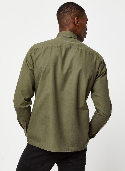 Vêtements Selected Homme Slhregavi Shirt LS Vert vue portées chaussures