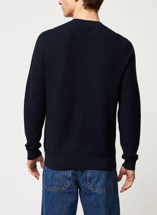 Vêtements Farah Delta Sweater Bleu vue portées chaussures