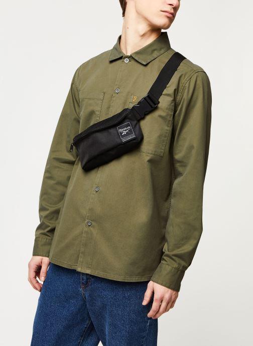 Vêtements Farah Dallam Twill Shirt Vert vue droite