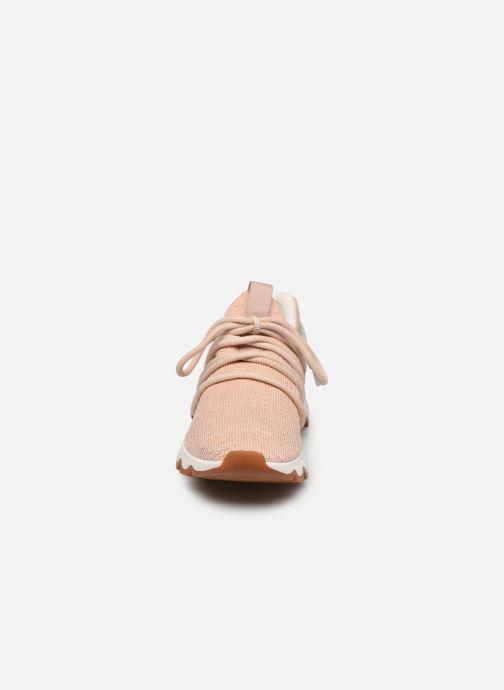Sneakers Sorel Kinetic Lace Beige modello indossato
