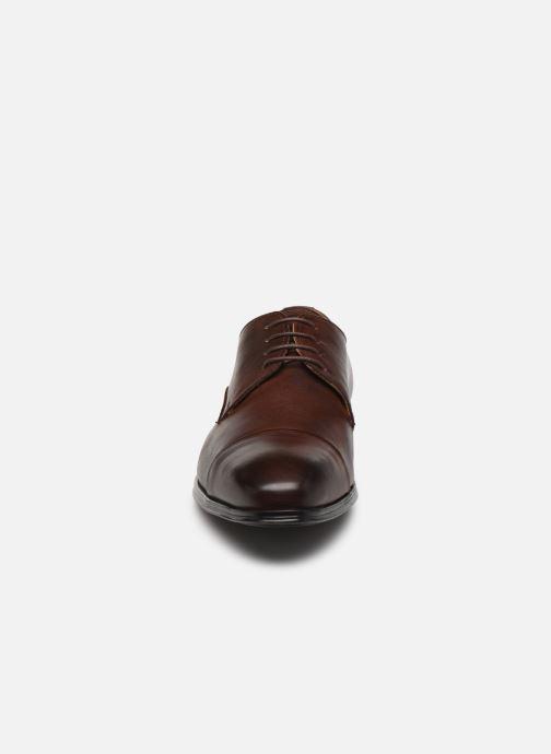 Scarpe con lacci Marvin&Co Nonty Marrone modello indossato