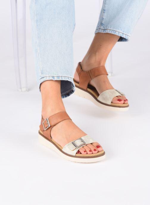 Sandales et nu-pieds Remonte Fane Marron vue bas / vue portée sac