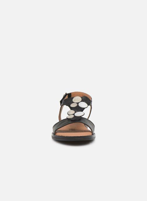 Sandales et nu-pieds Remonte Viorel Noir vue portées chaussures