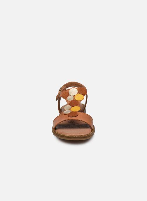 Sandales et nu-pieds Remonte Viorel Marron vue portées chaussures
