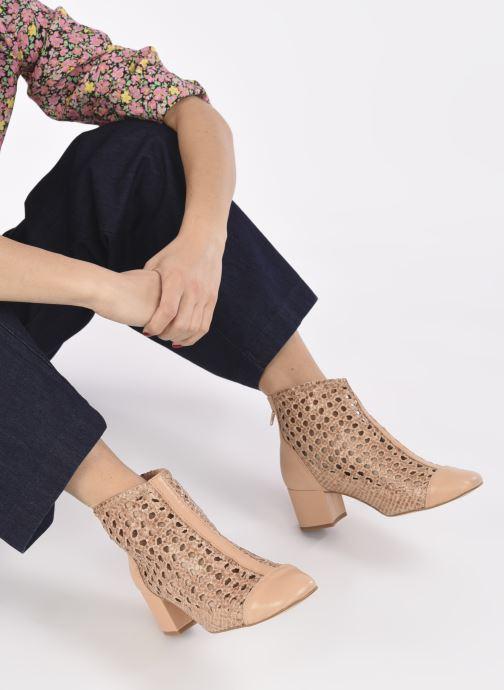 Bottines et boots Georgia Rose Sussino Beige vue bas / vue portée sac