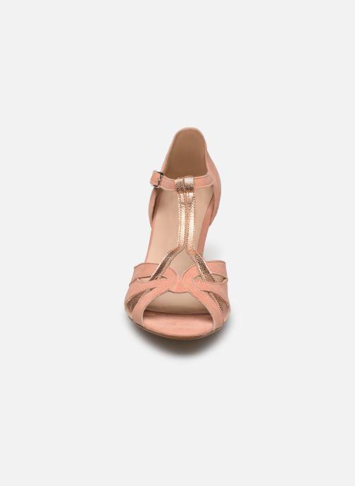 Zapatos de tacón Georgia Rose Semosta Rosa vista del modelo
