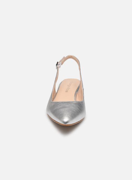 Zapatos de tacón Georgia Rose Slingpa Plateado vista del modelo