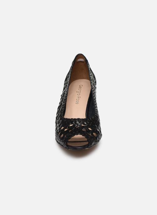 Zapatos de tacón Georgia Rose Sixtima Negro vista del modelo